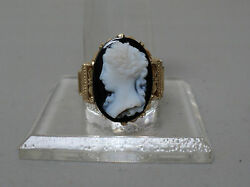 Beautiful Victorian 14k Yellow Gold Ring, Hardstone Carved Cameo - Size 8