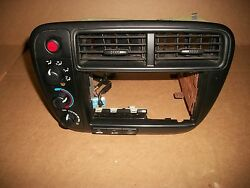 99 00  HONDA CIVIC EX LX RADIO DASH BEZEL W CLIMATE CONTROL KNOBS OEM NO CRACKS