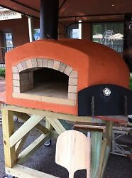 Wood Fired Pizza Oven 28 X 31 Cooking Surface.