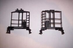 Lionel Parts, 6417 Pair Of Porthole Caboose Ends With Brakewheels 6427