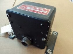 1 Ea Used Position Light Flasher For T-33 Aircraft P/n 810-00