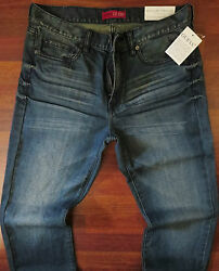 Guess Straight Leg Jeans Men Size 30 X 32 Classic Distressed Wash Mid Rise New