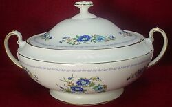 Aynsley China Marlina Pattern Round Covered Vegetable Serving Bowl With Lid
