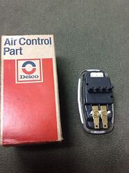 1967 - 1970 Cadillac AC Climate Control Vacuum Master Switch NOS