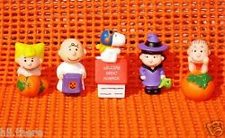 PEANUTS Merry Miniatures Halloween Set 5 HALLMARK Great Pumpkin Patch Snoopy