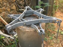AMERICAN TOWER ROHN TOWER STYLE 4555G' GUY BRACKET ASY. Used