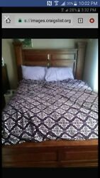 Queen Size Pinewood Bed Set With Detachable Mirror