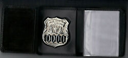Philadelphia Police Officer Wallet Holds Badge/money/credit Cards With Gift Box