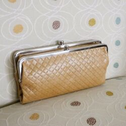 NWT HOBO International Lauren Quilted Leather Clutch Wallet