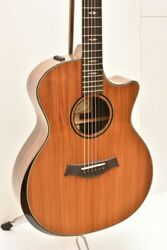 Taylor Custom GAce-Macassar EbonyRed Spruce  Natural With Hard Case