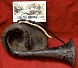Vintage Model T Ford Horn - W/photo Of Actual Ford It Was In In 1934 - Niagara
