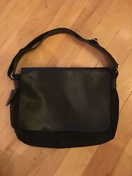 NEW Condition Eddie Bauer CANVAS & LEATHER Cross Body MESSENGER Bag