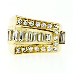 Very Fine 18k Yellow Gold 2.2ctw Custom Baguette And Round Vvs Diamond Buckle Ring