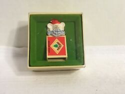Vintage Hallmark Tree Trimmer Collection Ornament Mouse Sleeping Matchbox 1979