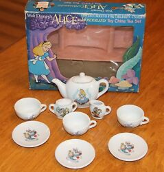 Disney Productions Alice In Wonderland Toy China Tea Set Made In Japan
