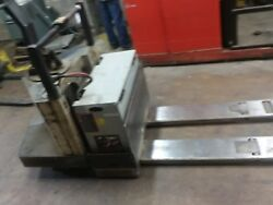 Crown Electric Pallet Jack Ride On...comes With Charger..ready To Work