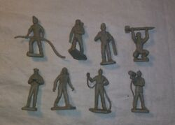 1960's Marx Cape Canaveral Playset Figures Lot Tan Grey 8pcs Thick Bases