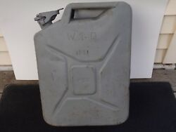 Vintage Military Jeep Auxiliary Army Military Jeep Jerry Gas Cans
