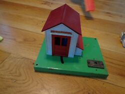 Lionel Automatic Gateman Train Signal Station House Wired Figure Lionelville