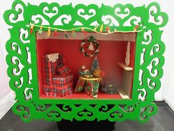 Dollhouse Miniature Christmas Scenario/roombox In A Green Filigree Frame