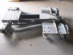 Aircraft Floor Jack Ge F110 Lower Stator Case, Accesory Gearbox, Lower Fan Duct