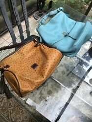 Lot Of 2 Classic Vintage Dooney And Bourke Handbags purses Blue And Tan Ostrich $150.00