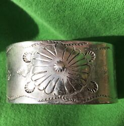 Unknown Age Repousse Heavy Native American Turquoise Silver Ingot Cuff Bracelet