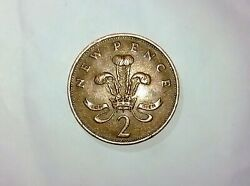 Rare 1971 New Pence 2p Great Britain Coin