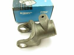 Trw 21093 1200 Series Tractor Quick Disconnect Yoke 4-1/16 Long 1-3/8-21 Bore