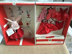 Madame Alexander 8 Vinyl Olivia Doll Dress-up Trunk Set W/outfits + Accessories