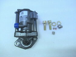 P3 Evinrude Johnson Omc 5005196 Injector Assembly Oem New Factory Boat Parts