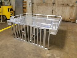 Hunting Dog Box All aluminum made with stainless steel hinges and slam latches