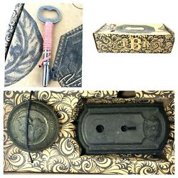 Anthropology Victorian Doorknob And Key-platenosnewcomes With Real Skelton Key