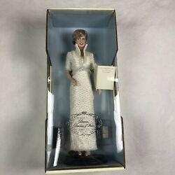 The Franklin Mint Diana Princess Of Wales Porcelain Portrait Doll With Tiara New
