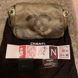 Chanel chain bag SATC The same design Carrie had The color is gold Women