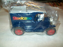 Ertl 1657 Steelcase 4 Red Spokes/chrome Trim 13 Model T Bank 1/25 Scale Nos