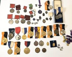 Lot Of 50 Antique And Vintage Silver, Brass And Bronze Medals 19th-20th Century