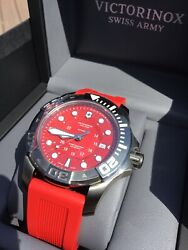 Victorinox Swiss Army Dive Master 500 Automatic 241577 Men's Watch With Warranty