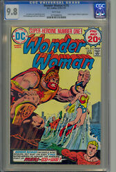 Wonder Woman 215 Cgc 9.8 White Pages - 1st Bronze Age Appearance Of Mars Ares