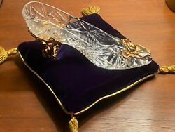 Franklin Mint Cinderella 24 K Gold Plated Lead Crystal Glass Slipper With Pillow