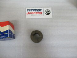 P53a Evinrude Johnson Omc 305315 Clutch Dog Shifter Oem New Factory Boat Parts