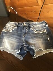 Vigoss Womens Shorts Size S 1/2 L3 New Without Tag Destrresed