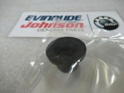 R81 Evinrude Johnson Omc 315837 Water Tube Grommet Oem New Factory Boat Parts