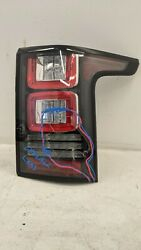 2013 - 2017 Land Rover Range Rover Right Tail Light Oem Used 848683