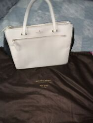 Excellent Cons. Kate Spade large Black And White Tote $25.00