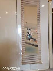 JAPANESE HANGING SCROLL PAINTING:1900s JAPANESE BEAUTY PAINTING ON PAPER HANGING