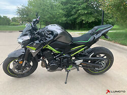 Luimoto Sport Seat Covers For The Kawasaki Z900 2020