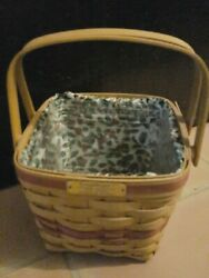Longaberger 1995 Cranberry Christmas Basket With Cloth And Plastic Liners