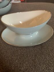 Discontinued Lenox L113 Pale Blue Platinum Gravy Boat With Attached Plate