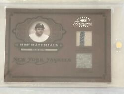 2004 Donruss Timeless Treasures Babe Ruth Dual Jersey With Pinstripe - Pants /25